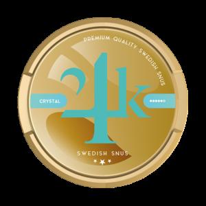 24K Crystal STRONG är en riktigt stark snus som är gjord på ren kvalitets tobak utan kvistar eller utfyllnad. Tobaken är finmalen i påsen som höjer premium känslan under läppen. Smaken är framtagen av en av Sveriges mest erfarna blenders som har jobbat med framtagning av snus hos de allra största tillverkarna. Producenten skriver: 24K Crystal Strong Portionssnus – är ett superstarkt portionssnus med en hint av Spearmint samt att den behåller tobakskaraktären! Nikotinhalten är på 45mg/g vilket ger en intensiv snusupplevelse, med White dry prillorna levereras smak och nikotin snabbt men håller längre! Snuset har en extremt hög nikotinhalt och en portion innehåller mer än fem gånger så mycket nikotin som normalstarkt snus (8 mg/g). Den låga fukthalten i snuset bidrar ytterligare till den starka upplevelsen. snushandel i nyköping ab påljungshage köpcentrum världens starkaste snus
