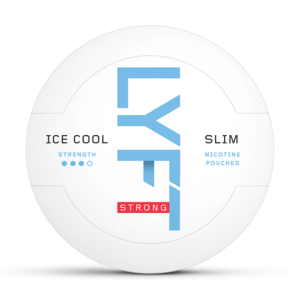Om produkten LYFT Ice Cool Strong Mint Slim All White Portion Konceptet i LYFT Ice Cool Strong Mint Slim All White Portion är kort och gott vita, smakrika nikotinportioner utan tobak. Den intensiva och kylande smaken av mint ger dig upplevelsen av en kall vinterdag. Smaken innehåller även toner av krispig pepparmynta med inslag av sötma och örter Portionerna är tillverkade av fiber från eukalyptus och tall, med ett adderat nikotinextrakt, utvunnet från tobak. Om produkten LYFT Tropic Breeze Slim All White Portion Uppväck din vardag med en resa till Asien. Känn hur de tropiska frukterna mandarin, passionsfrukt och mango gifter sig. En sammetslen och mjuk känsla. LYFT tillverkas av fiber från eukalyptus och tall. Nikotinet utvinns från tobak och adderas separat. liquorice, Om produkten LYFT Lime Strong Slim All White Portion LYFT Lime Strong Slim All White Portion innehåller vita, smakrika nikotinportioner utan tobak. Portionerna är tillverkade av fiber från eukalyptus och tall, med ett adderat nikotinextrakt som utvinns från tobak. Njut av doften från saftig lime – med en intensiv effekt. Känn sötman och syran i perfekt kombination med toner av citron och rivet limeskal. Fakta om produkten Varumärke Lyft Produkttyp All white portion Styrka Starkt Nikotinhalt 14 mg/g Innehåll/förpackning 16,8 g Snustyp Slim All White Stark Format Slim Producent BAT snushandel i nyköping ab lakrits vitt snus Om produkten LYFT Freeze All White Portion En högoktanig upplevelse där intensiv pepparmint och isande menthol ger en kick utöver det vanliga. En maxad upplevelse. LYFT tillverkas av fiber från eukalyptus och tall. Nikotinet utvinns från tobak och adderas separat.